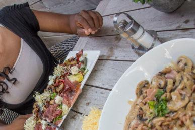 'Op Restaurant In Cadzand'